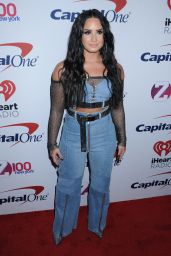 Demi Lovato – Z100s Jingle Ball 2017 in NYC