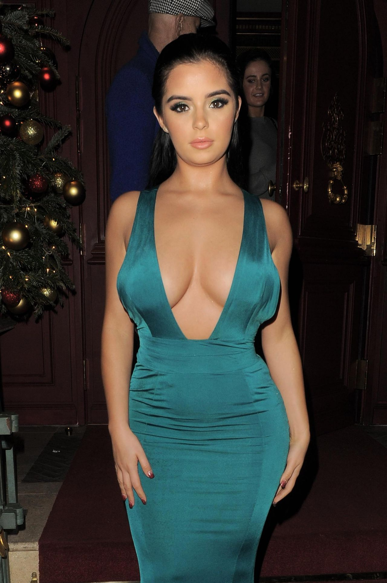 Demi Rose In Green Dress - Night Out In Mayfair In London-5930