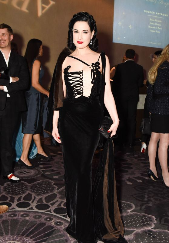 Dita Von Teese - American Ballet Theatre Holiday Benefit Gala in Los Angeles