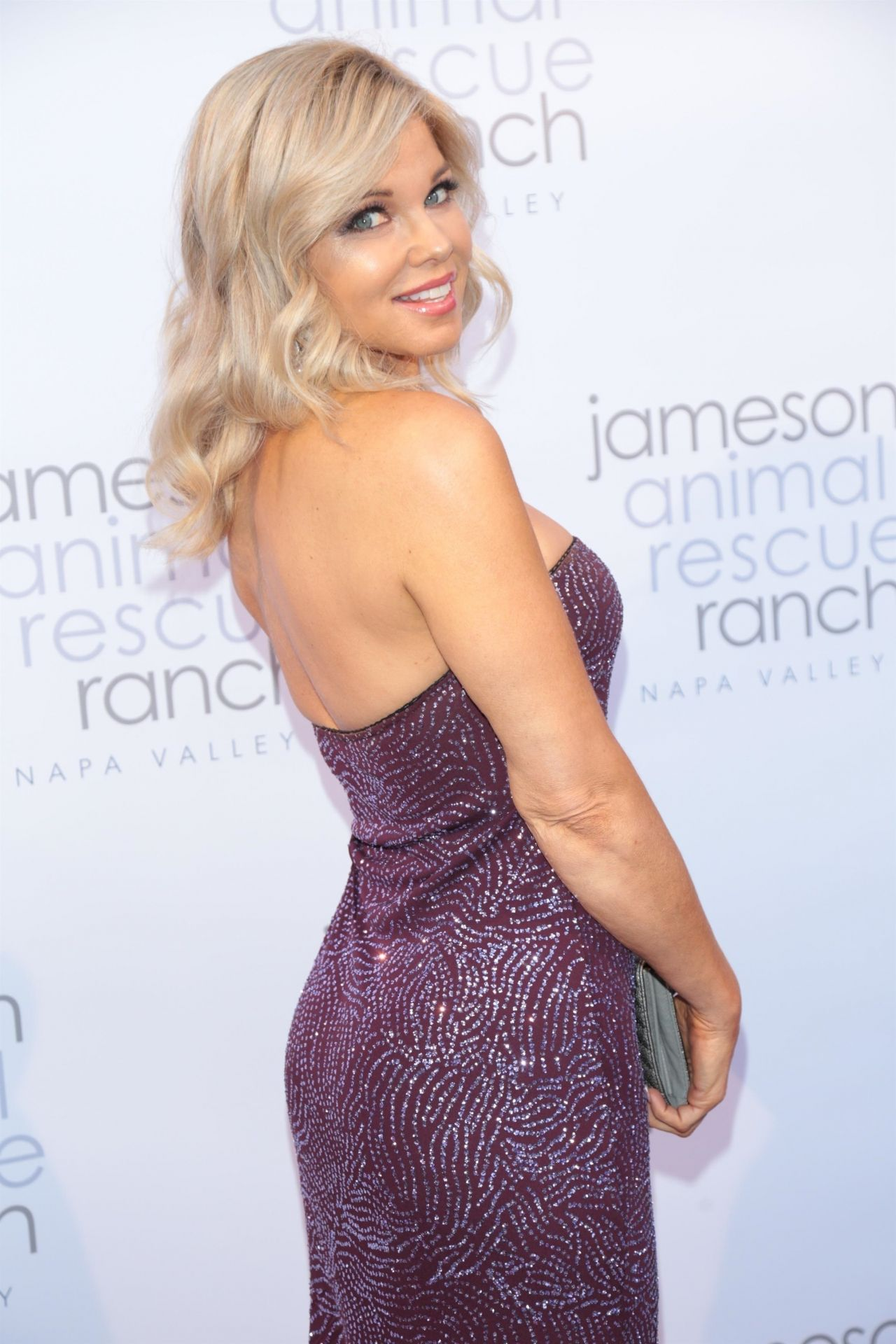 Donna D\'Errico – JARR Presents Napa In Need in Beverly Hills