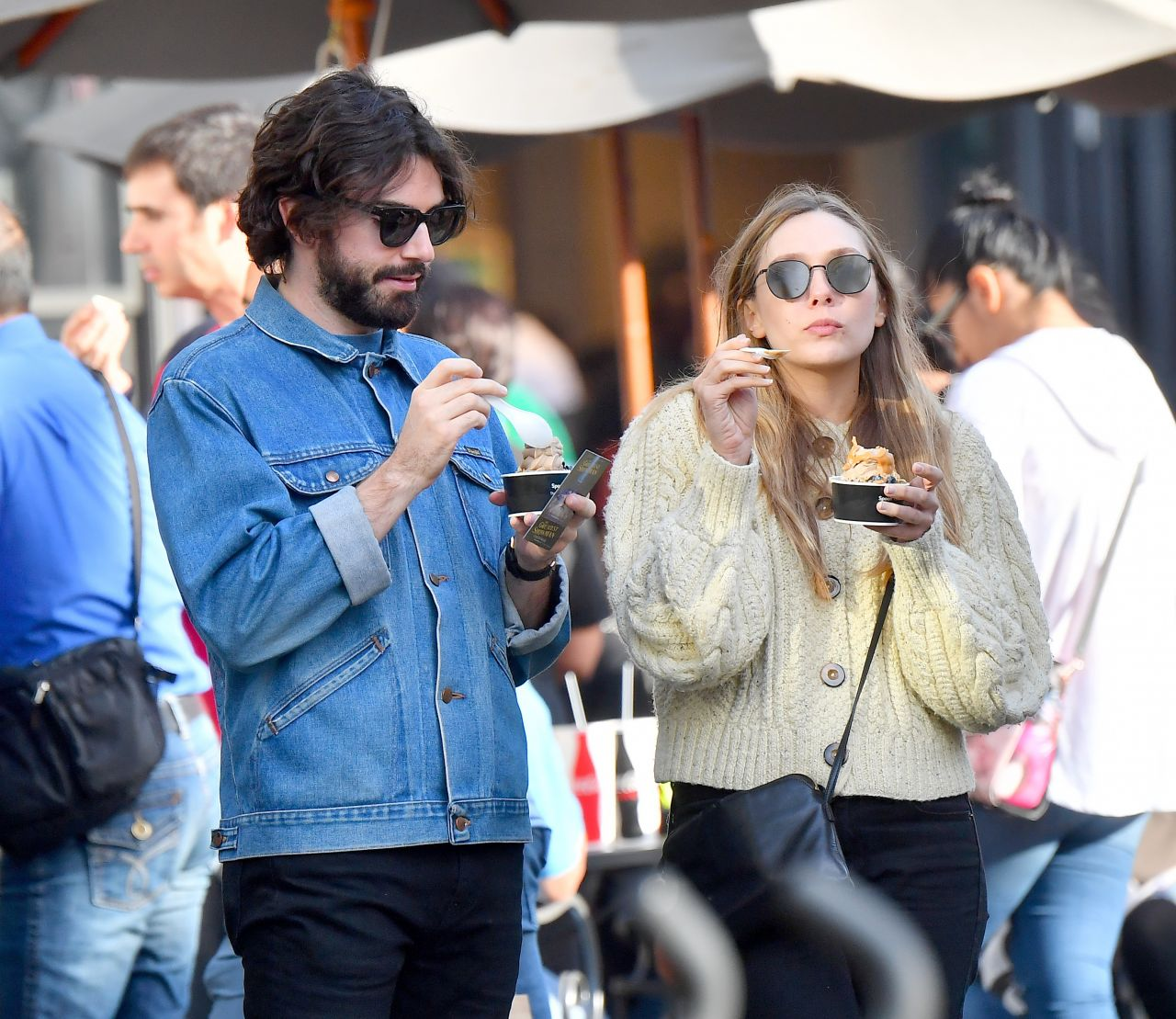 Elizabeth Olsen And Her Boyfriend Robbie Arnett Out In Los