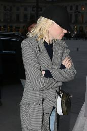 Emma Stone - Arrives at the Ritz Hotel in Paris