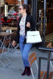 Emmy Rossum at Le Pain Quotidien Bakery-Restaurant