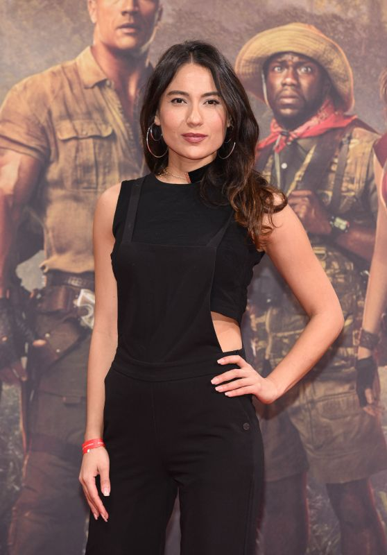 "Esra Inal – ""Jumanji: Welcome To The Jungle"" Premiere in Berlin"