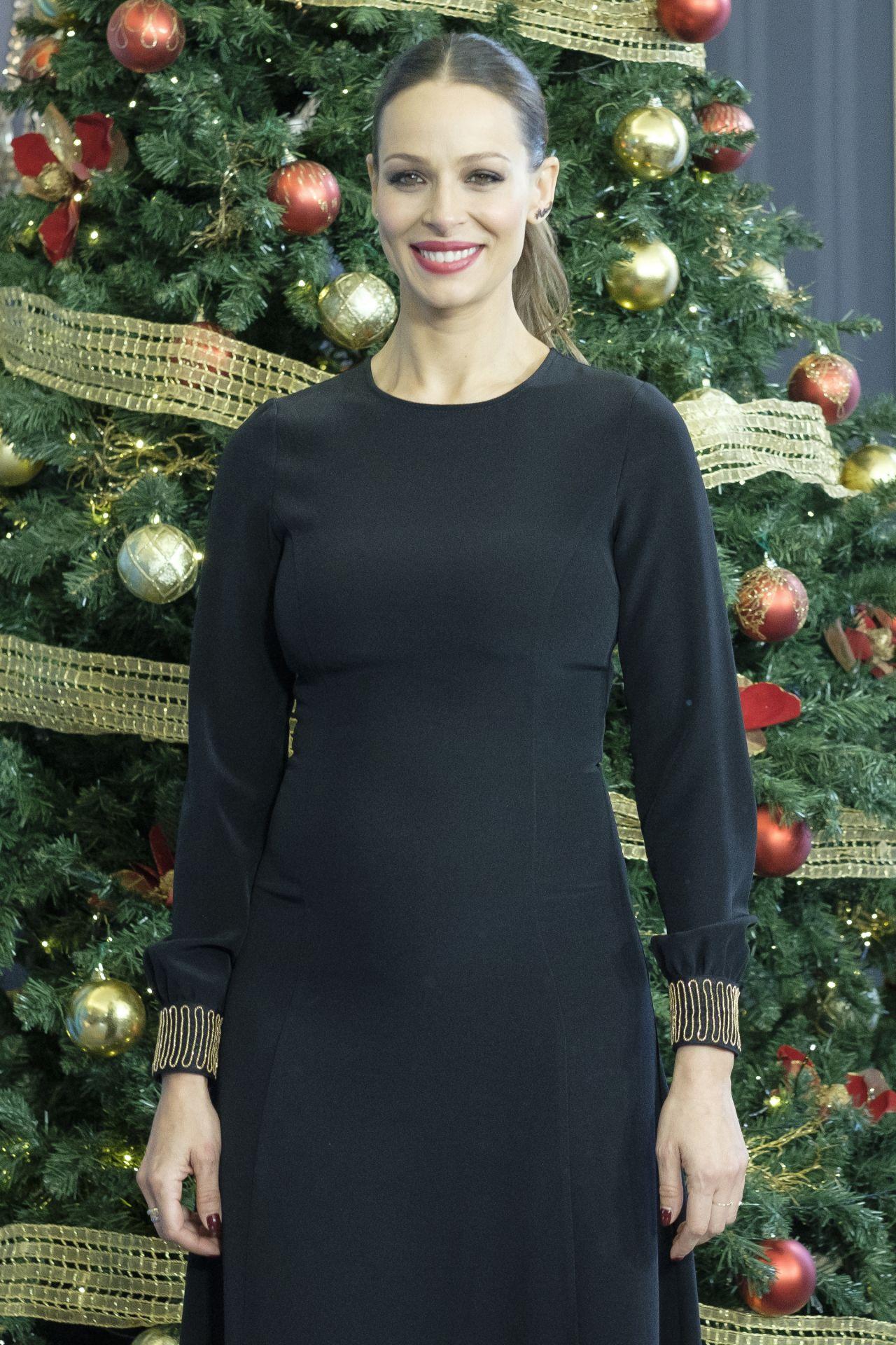 Eva Gonzalez – TVE Christmas Season Presentation in Madrid
