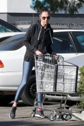 Gal Gadot - Leaving Whole Foods Market in Los Angeles
