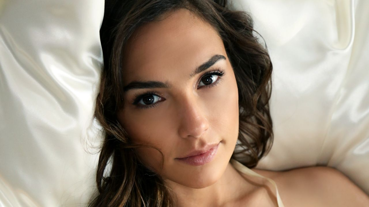 Gal Gadot Wallpapers-1855