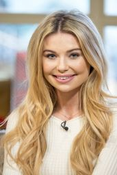 Georgia Toffolo - This Morning TV Show in London 12/14/2017
