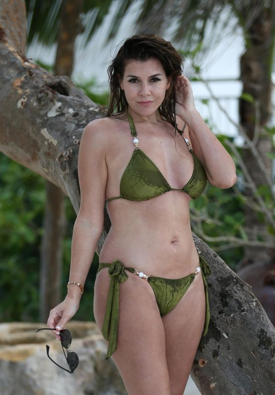 Imogen Thomas in a Green Bikini in Miami 12/16/2017