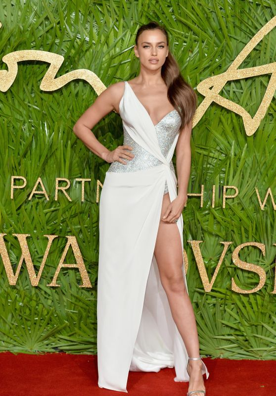 Irina Shayk - Fashion Awards 2017 in London
