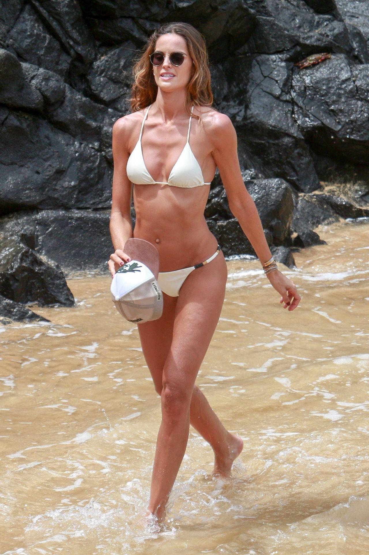 Goulart De Noronha Izabel Bikini White Fernando In Beach A deEBWCxorQ
