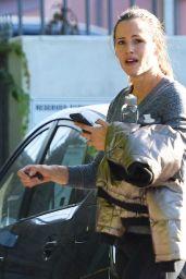 Jennifer Garner - Hits the Gym in Brentwood