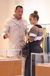 Jennifer Lopez and Alex Rodriguez at South Beverly Grill in Beverly Hills