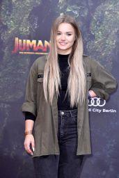 "Julia Beautx – ""Jumanji: Welcome To The Jungle"" Premiere in Berlin"