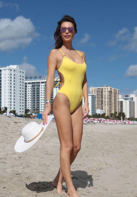 Julia Pereira in a Yellow Bikini - Miami Beach 12/02/2017