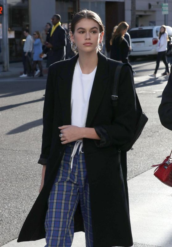 Kaia Gerber Shopping in Beverly Hills 12/21/2017