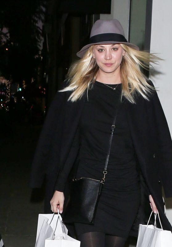 Kaley Cuoco - Holiday Shopping in Beverly Hills