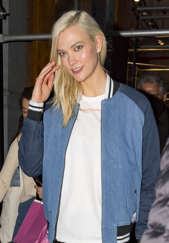 Karlie Kloss Casual Style - Out in NYC
