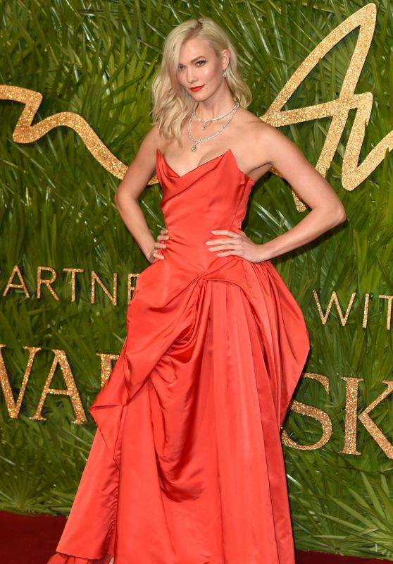 Karlie Kloss – Fashion Awards 2017 in London
