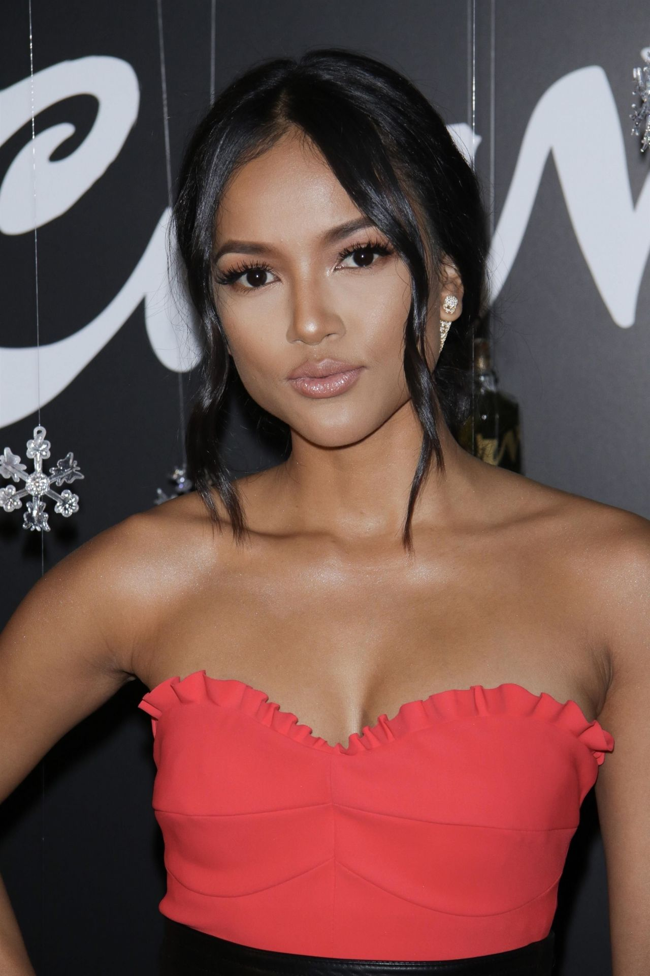 Karrueche Tran Curve Fragrances For Men Holiday Party In Nyc