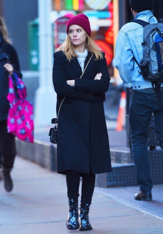 Kate Mara Fall Style - Shopping in SoHo, NYC