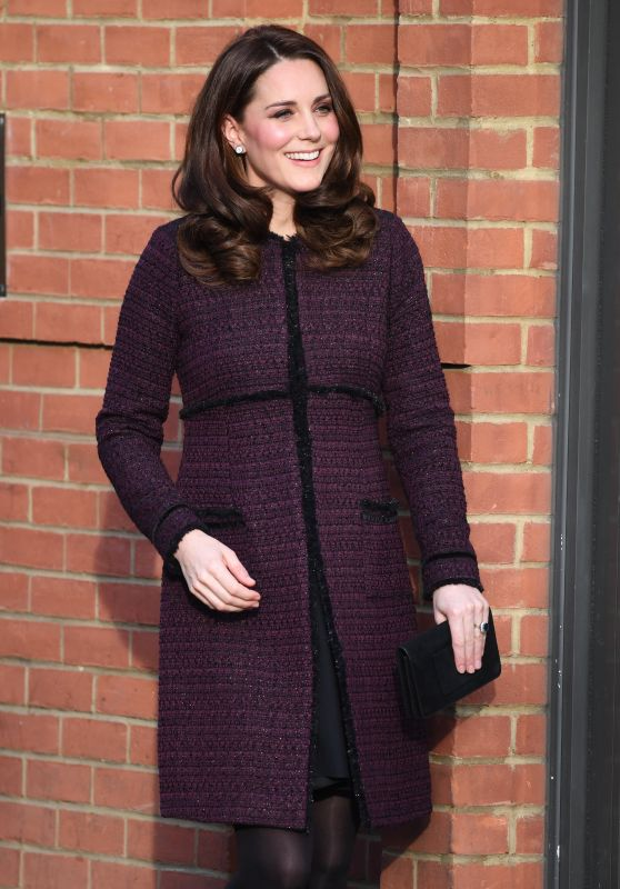"""Kate Middleton - """"Magic Mums"""" Community Christmas Party in London"""
