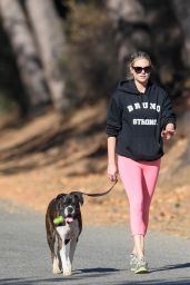 Kate Upton Hike in Beverly Hills 12/19/2017
