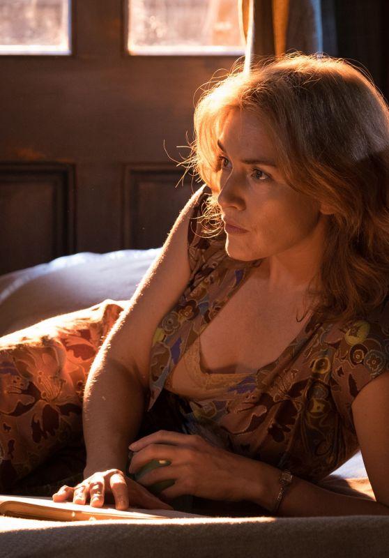 Kate Winslet and Juno Temple - Wonder Wheel Movie Photos
