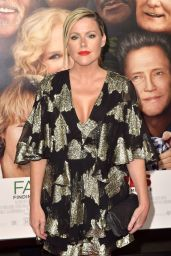 "Kathleen Robertson – ""Father Figures"" Premiere in Hollywood"