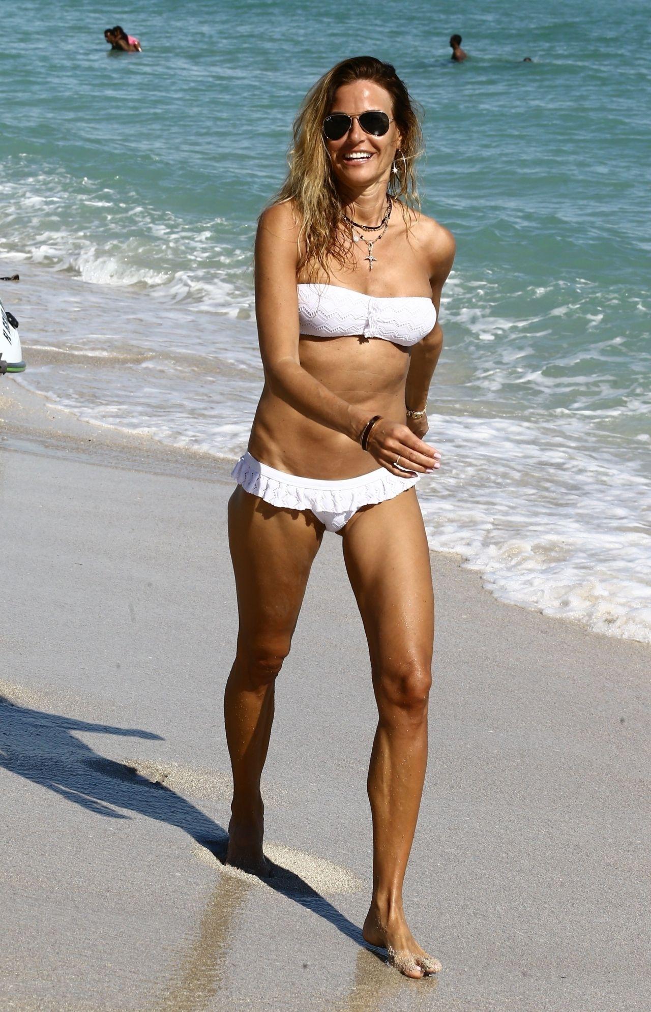 naked Danielle Herrington (82 pics) Hot, YouTube, cleavage