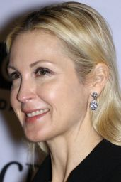 Kelly Rutherford – ACRIA Holiday Dinner in New York 12/14/2017