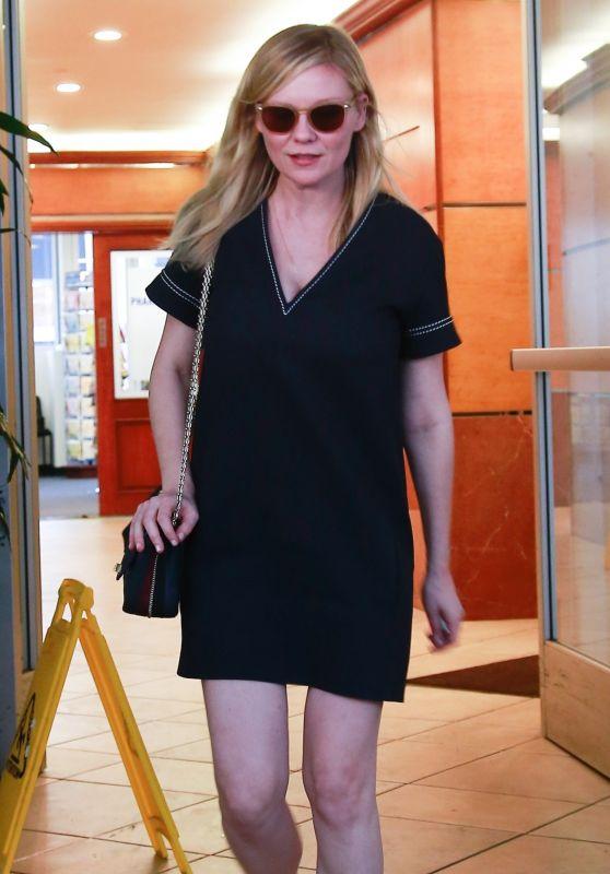 Kirsten Dunst - Leaving E Baldi Restaurant in Beverly Hills