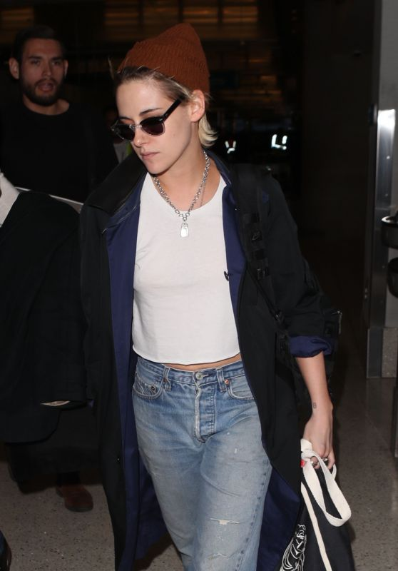 Kristen Stewart at LAX Airport in Los Angeles 12/05/2017