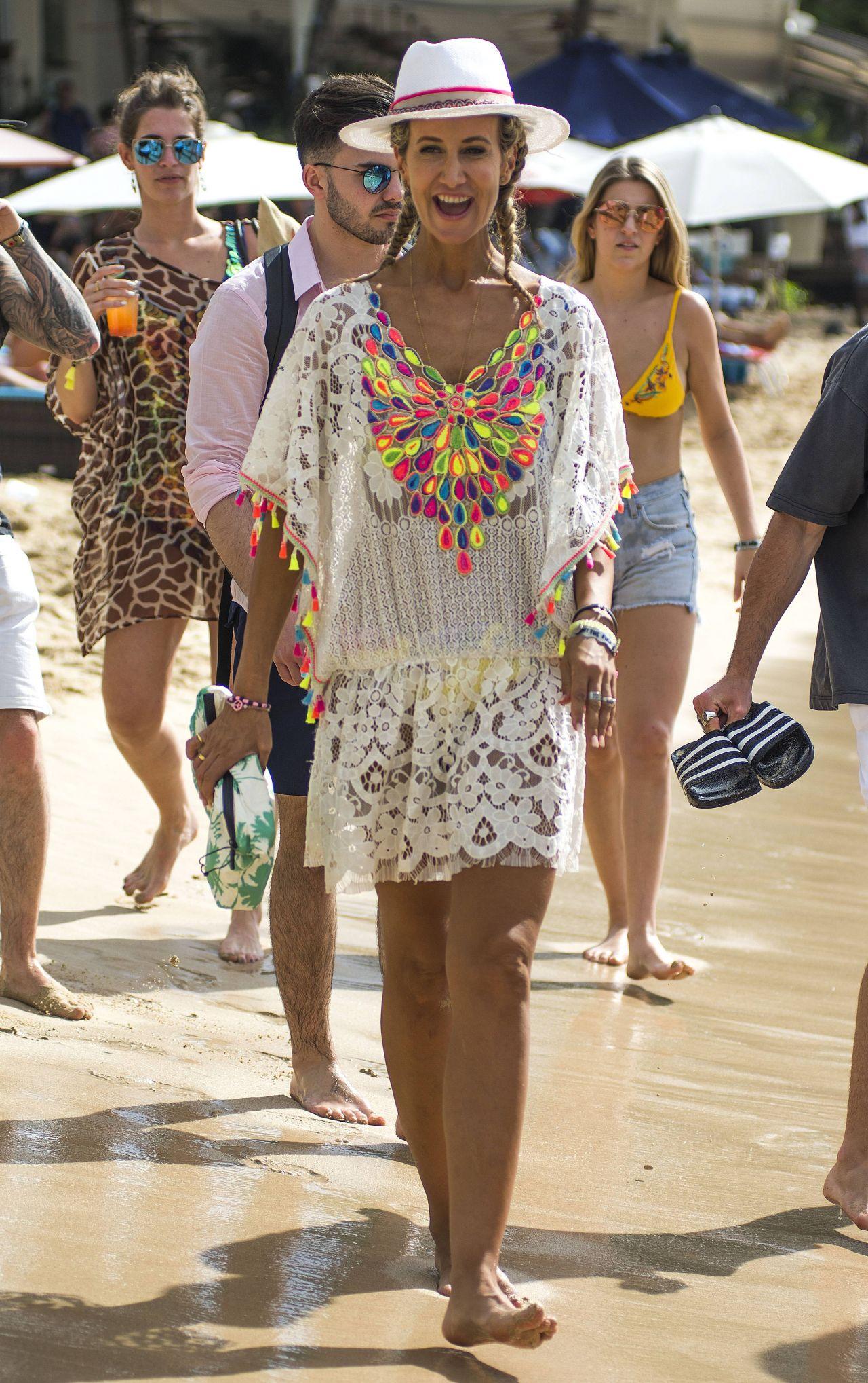 Lady Victoria Hervey in Bikini Boat Party in Barbados Pic 17 of 35