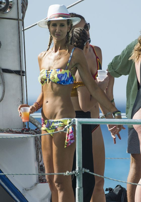 Lady Victoria Hervey - Onboard Party Boat in Barbados