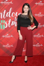 """Larissa Wohl – """"Christmas at Holly Lodge"""" Screening in Los Angeles"""