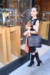 Lily Lisa Street Fashion - Rodeo Drive in Beverly Hills