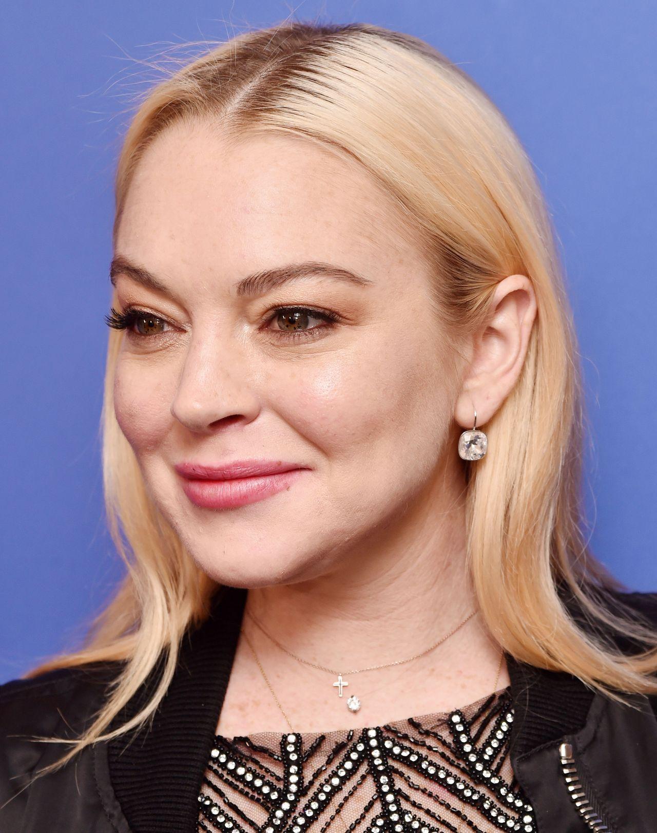 Lindsay Lohan – Dail...