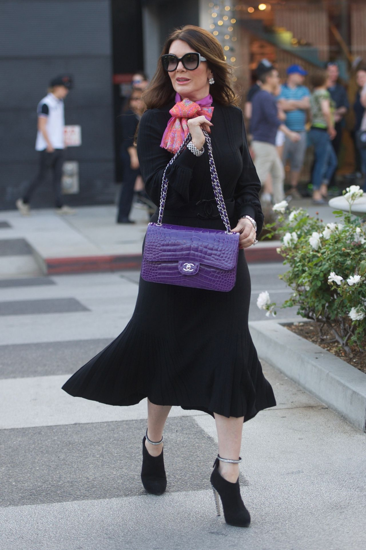 Lisa Vanderpump And Her Husband Ken Vanderpump Shopping On