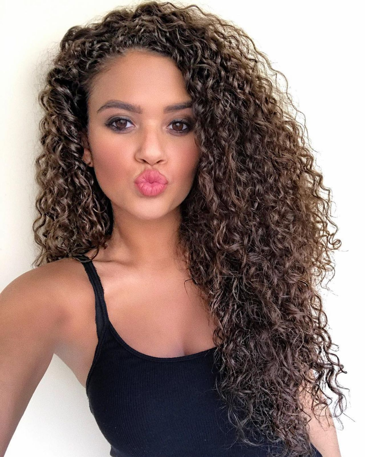 madison pettis 2017 with straight hair - photo #7