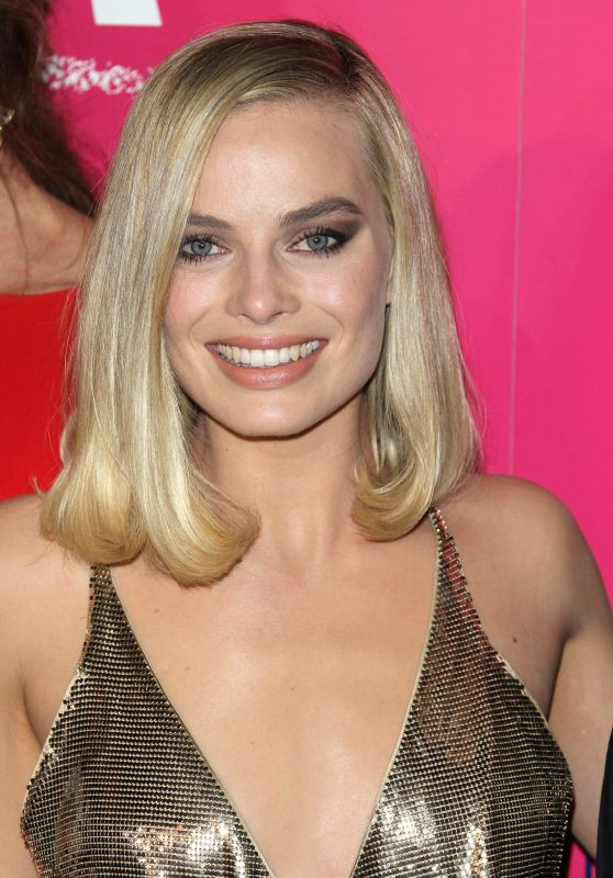 "Margot Robbie - ""I, Tonya"" Premiere in Hollywood"