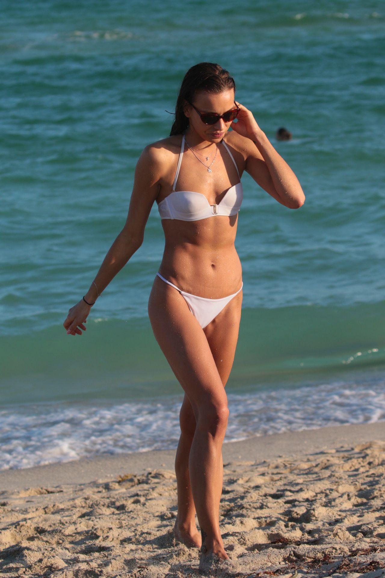 Celebrites Meri Gulin nudes (15 photos), Tits, Bikini, Instagram, bra 2015