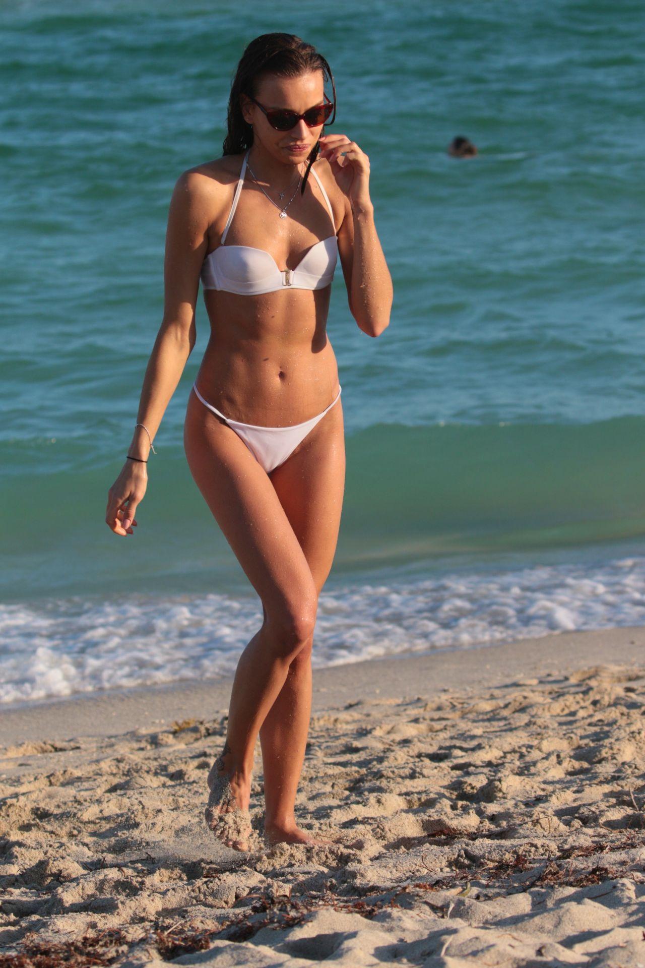 Celebrity Meri Gulin nudes (25 pics), Sexy