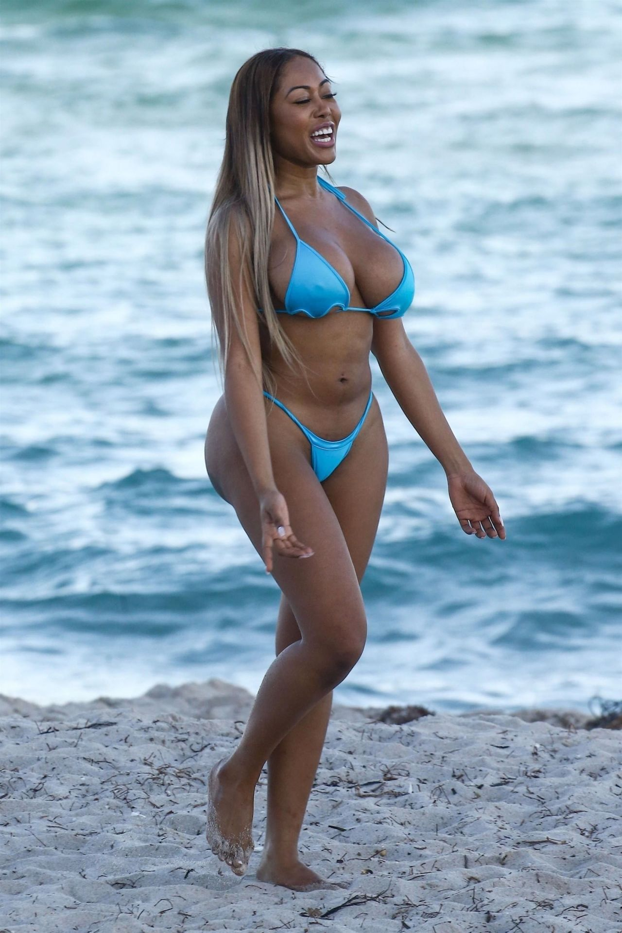 Moriah Mills in Bikini Photoshoot on the beach in Miami Pic 2 of 35