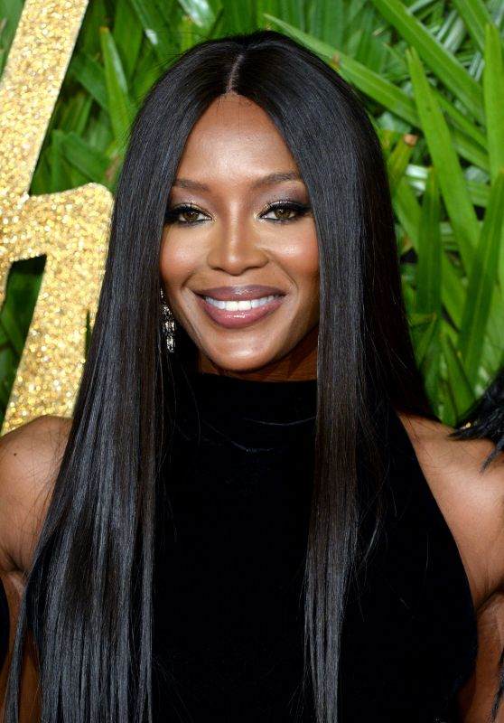 Naomi Campbell – Fashion Awards 2017 in London
