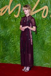 Natalia Dyer – Fashion Awards 2017 in London
