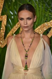 Natasha Poly – Fashion Awards 2017 in London