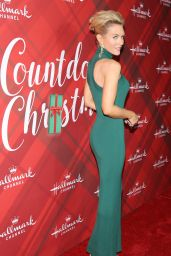 """Nicky Whelan – """"Christmas at Holly Lodge"""" Screening in Los Angeles"""
