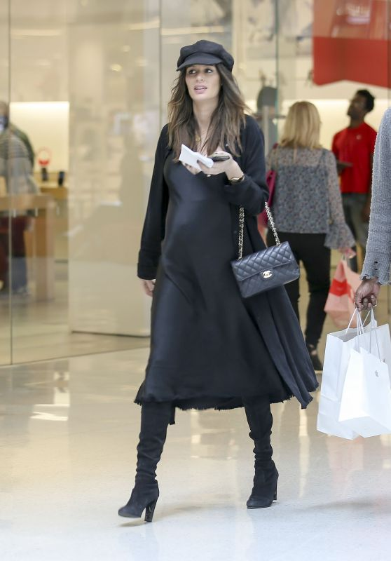 Nicole Trunfio Shopping With her Husband in Los Angeles