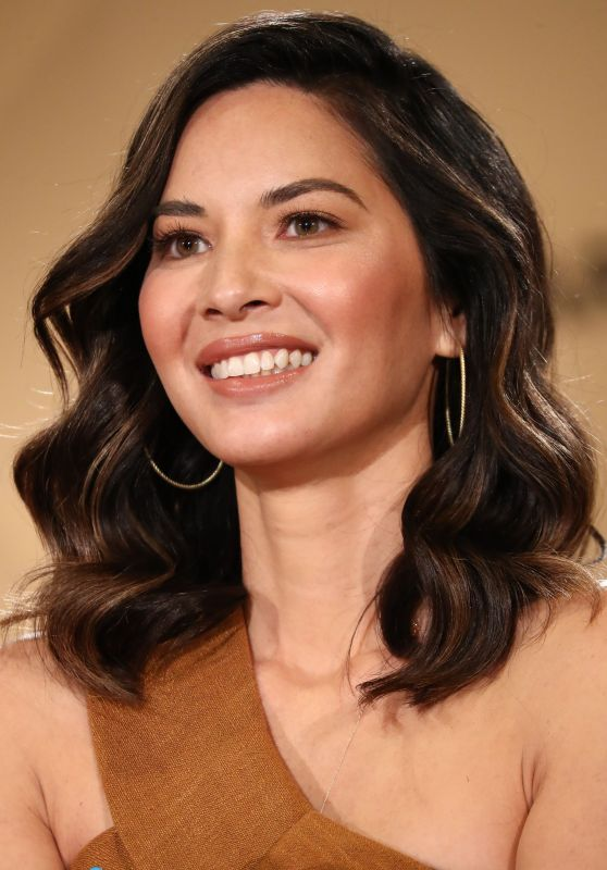 Olivia Munn - Screen Actors Guild Awards 2017 Nominations in Los Angeles